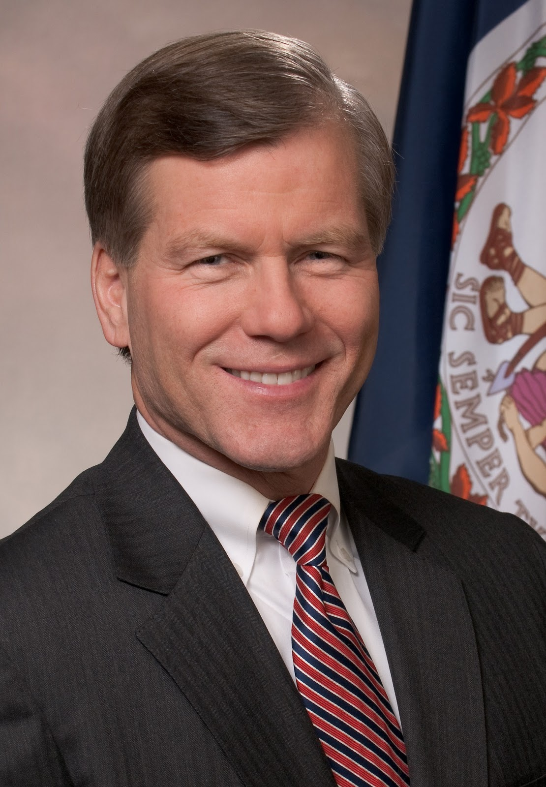 virginia gov. bob mcdonnell thesis Bob mcdonnell elected as virginia  richmond robert f bob mcdonnell  exhibit a in that argument was the governor-elect's 1989 graduate thesis.